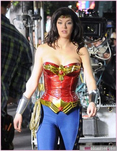 "New Wonder Woman Adrianne Palicki Simply ""Wondrous"" On Set"